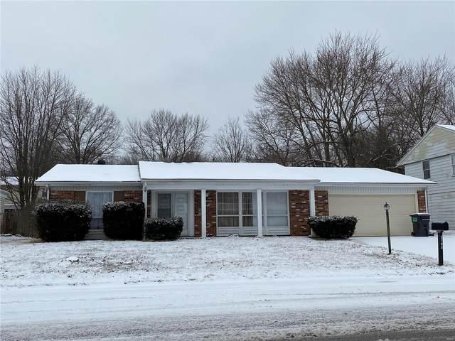 3105 West Boulevard, Belleville, IL 62221 (#21008753) :: Tarrant & Harman Real Estate and Auction Co.