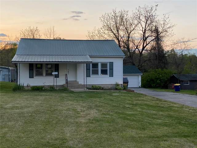 1565 N Commercial Ave, Saint Clair, MO 63077 (#21010161) :: St. Louis Finest Homes Realty Group