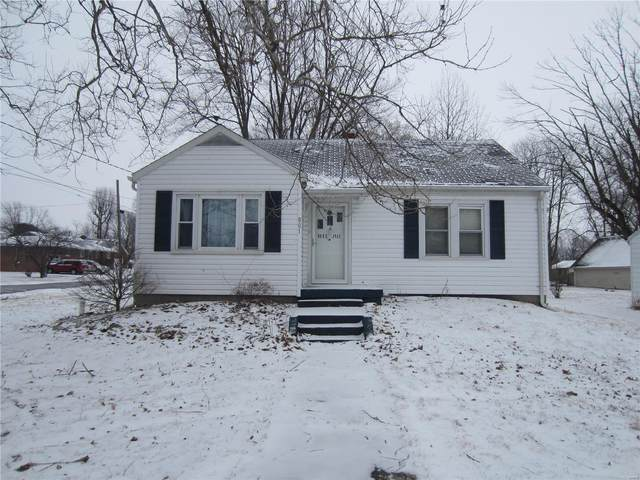 801 S Washington Street, Jerseyville, IL 62052 (#21010337) :: Tarrant & Harman Real Estate and Auction Co.
