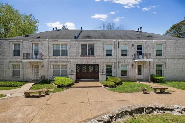 4392 Chateau De Ville Drive F, St Louis, MO 63129 (#21010341) :: Terry Gannon | Re/Max Results