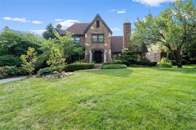 214 Woodbourne Drive, St Louis, MO 63105 (#21010493) :: Reconnect Real Estate