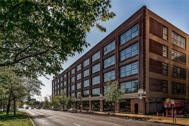 4100 Forest Park Avenue #322, St Louis, MO 63108 (#21010819) :: Jeremy Schneider Real Estate