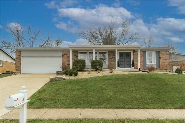 586 Monroe Mill Drive, Ballwin, MO 63011 (#21011190) :: Jeremy Schneider Real Estate