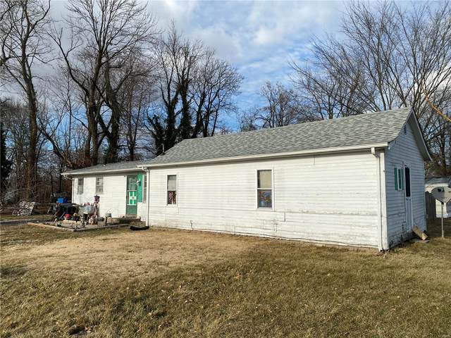 402 N Railroad Street, New Florence, MO 63363 (#21011520) :: Tarrant & Harman Real Estate and Auction Co.