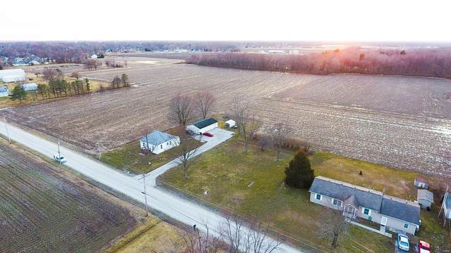 1921 N Reservoir Road, STAUNTON, IL 62088 (#21011738) :: Tarrant & Harman Real Estate and Auction Co.