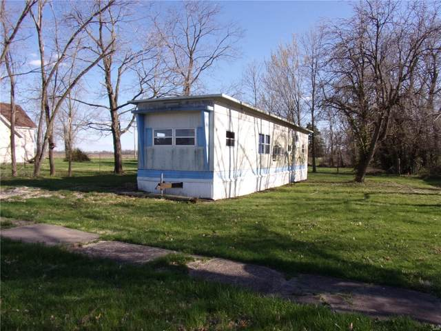 708 E Pine, Bellflower, MO 63333 (#21012009) :: RE/MAX Professional Realty