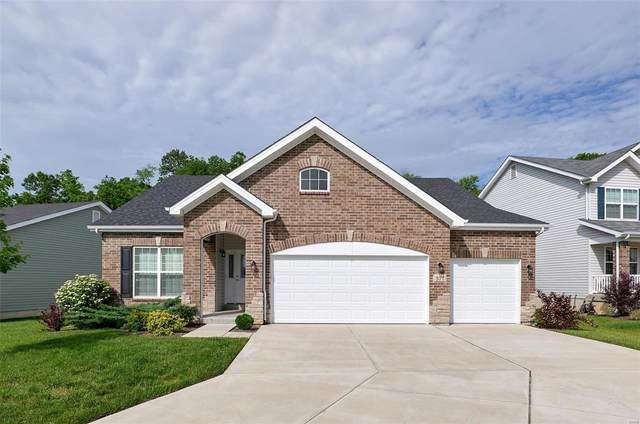 571 Winding Bluffs Drive, Fenton, MO 63026 (#21012034) :: Parson Realty Group