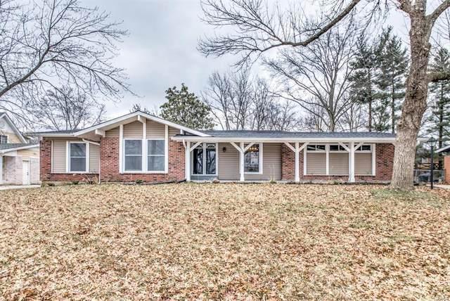 1004 Bedford, Ballwin, MO 63011 (#21012067) :: Matt Smith Real Estate Group