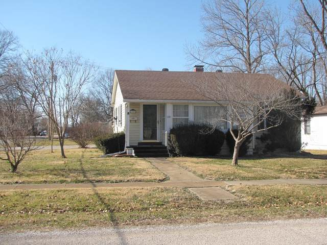 100 N East, New Athens, IL 62264 (#21012330) :: Kelly Hager Group | TdD Premier Real Estate