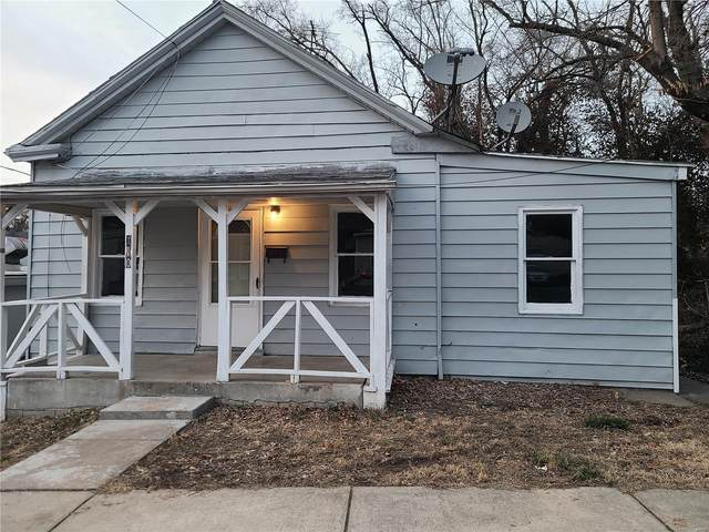 110 E 9th Street, Alton, IL 62002 (#21012509) :: Tarrant & Harman Real Estate and Auction Co.