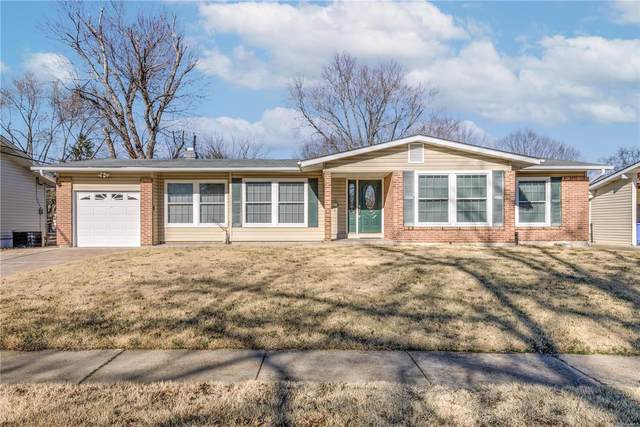 1425 Central Parkway, Florissant, MO 63031 (#21012745) :: Clarity Street Realty