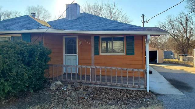 1321 Gladys Street, Collinsville, IL 62234 (#21012841) :: Tarrant & Harman Real Estate and Auction Co.