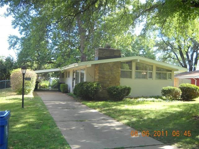 1355 Trelane Avenue, St Louis, MO 63126 (#21012924) :: Parson Realty Group