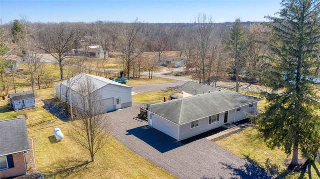 1170 Linwood, Wentzville, MO 63385 (#21013383) :: RE/MAX Vision