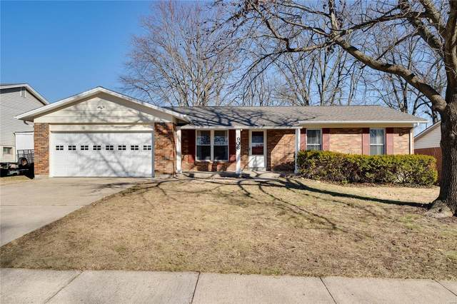906 Clover Lane, O'Fallon, MO 63366 (#21013478) :: RE/MAX Vision