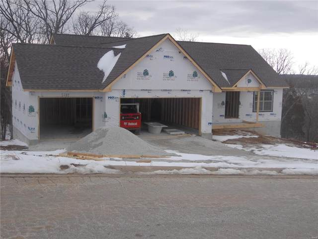 114 Rainbow Lake Drive, Villa Ridge, MO 63089 (#21013755) :: The Becky O'Neill Power Home Selling Team