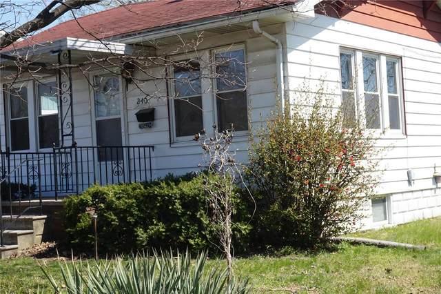 240 Ohio, East Alton, IL 62024 (#21013794) :: Tarrant & Harman Real Estate and Auction Co.
