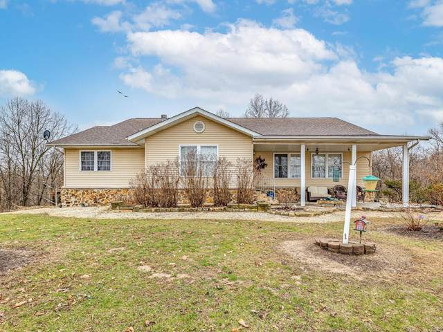 19009 Doe Lane, FIELDON, IL 62031 (#21014415) :: Tarrant & Harman Real Estate and Auction Co.