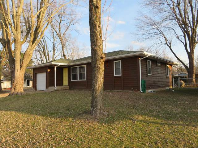215 Country Club, Dixon, MO 65459 (#21014597) :: Clarity Street Realty