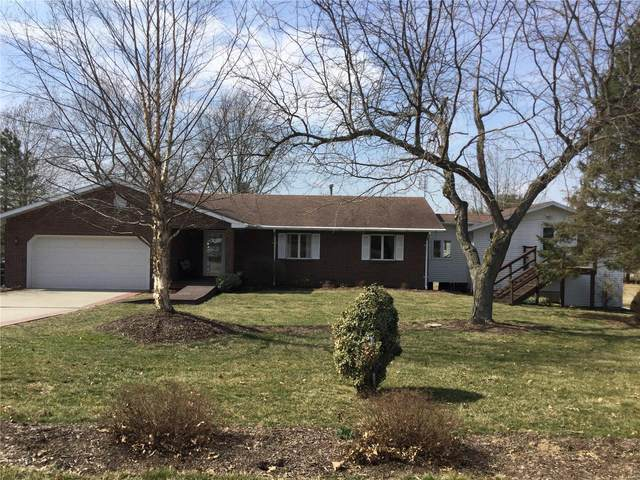 805 Linder Boulevard, Greenville, IL 62246 (#21014611) :: Parson Realty Group