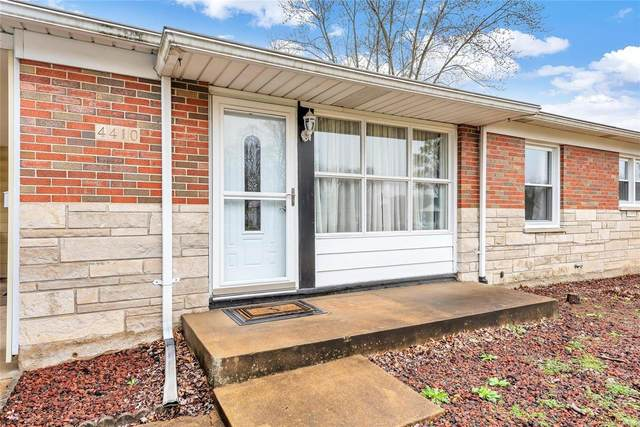4410 Cayuga Drive, St Louis, MO 63123 (#21015966) :: Clarity Street Realty