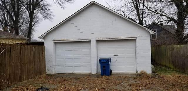 707 W Lincoln Street, Belleville, IL 62220 (#21016006) :: Parson Realty Group
