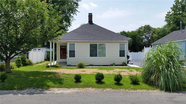 616 Indiana Avenue, Collinsville, IL 62234 (#21016170) :: Tarrant & Harman Real Estate and Auction Co.