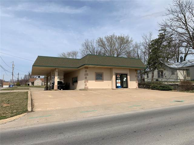 3914 Market, Hannibal, MO 63401 (#21017735) :: RE/MAX Professional Realty