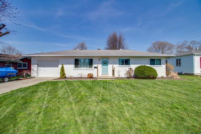 301 Northmoor Drive, Jerseyville, IL 62052 (#21017948) :: Tarrant & Harman Real Estate and Auction Co.