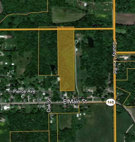 601 N Center Road, MULBERRY GROVE, IL 62262 (MLS #21019127) :: Century 21 Prestige