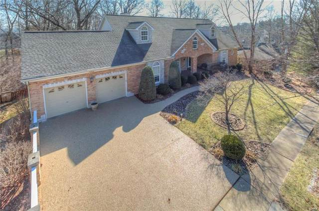 6250 Kings Ferry Drive, St Louis, MO 63129 (#21019188) :: Clarity Street Realty