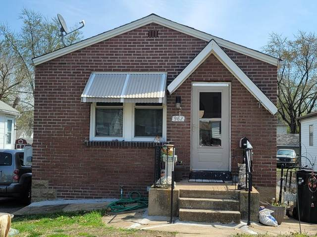 962 Dammert Avenue, St Louis, MO 63125 (#21020835) :: Clarity Street Realty