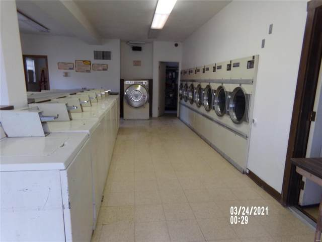 431 S Church Street, Belleville, IL 62221 (#21020901) :: Century 21 Advantage