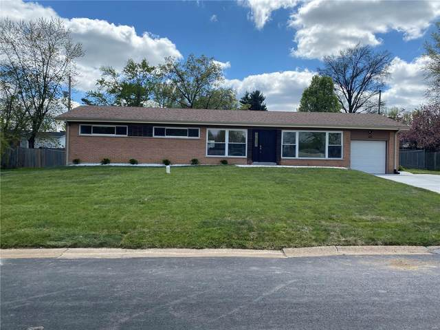 40 Queensbrook, St Louis, MO 63132 (#21021984) :: Clarity Street Realty