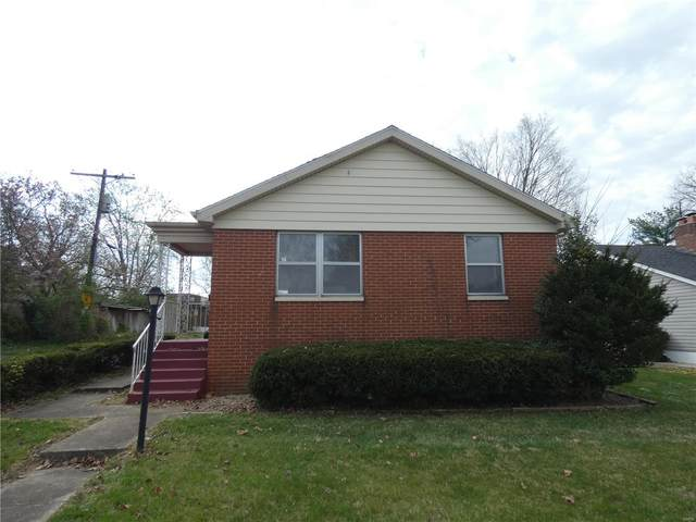 14 S 77th, Belleville, IL 62223 (#21022082) :: Clarity Street Realty