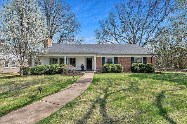 9032 Saranac Drive, Richmond Heights, MO 63117 (#21022590) :: Clarity Street Realty