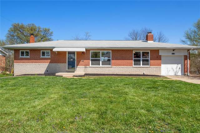 10118 Hammerdale, St Louis, MO 63123 (#21022830) :: The Becky O'Neill Power Home Selling Team