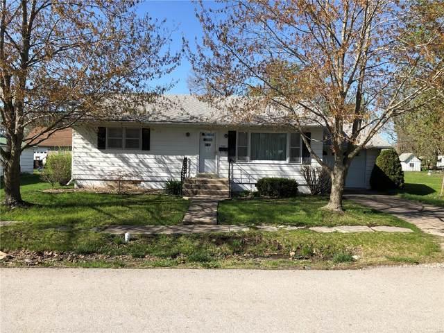 208 East Mill, Shelbina, MO 63468 (#21022835) :: Walker Real Estate Team