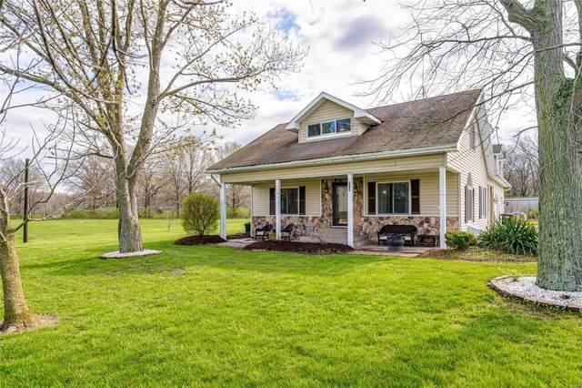 278 Canadian, STAUNTON, IL 62088 (#21022915) :: Tarrant & Harman Real Estate and Auction Co.