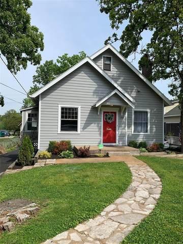 8969 Big Bend, St Louis, MO 63119 (#21023145) :: Kelly Hager Group   TdD Premier Real Estate