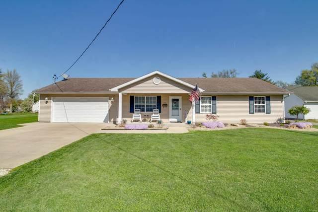 613 Burke Street, Jerseyville, IL 62052 (#21023152) :: Tarrant & Harman Real Estate and Auction Co.
