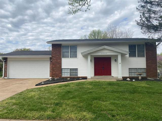 2305 Wesford, Maryland Heights, MO 63043 (#21023762) :: Parson Realty Group