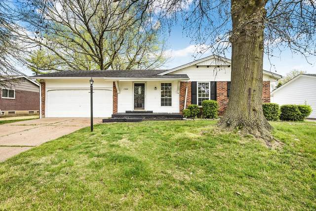1564 Kew Gardens Dr, Florissant, MO 63031 (#21023892) :: Parson Realty Group