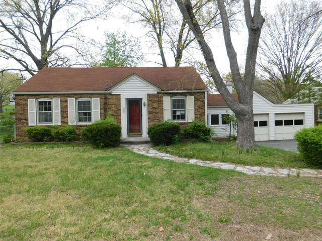 7149 Holly Hills Avenue, St Louis, MO 63123 (#21024341) :: Parson Realty Group