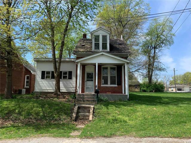 1802 W Adams, Belleville, IL 62226 (#21024518) :: Tarrant & Harman Real Estate and Auction Co.