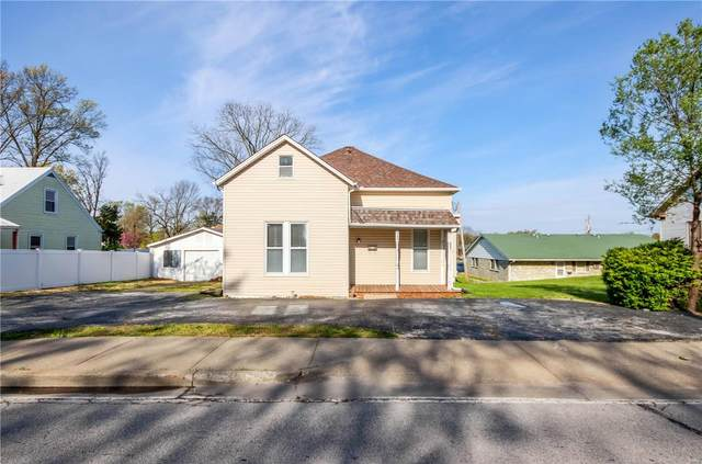 113 N Main, O'Fallon, MO 63366 (#21024720) :: St. Louis Finest Homes Realty Group