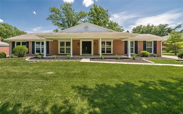14289 Forest Crest, Chesterfield, MO 63017 (#21024778) :: Parson Realty Group