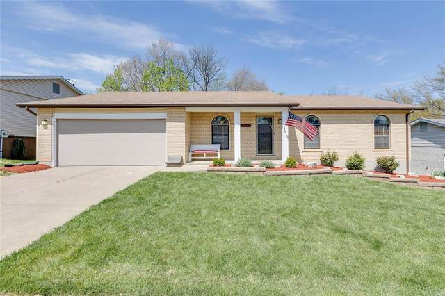 3955 Camelot Estates, St Louis, MO 63129 (#21025088) :: Clarity Street Realty