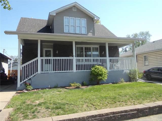 2652 Iowa, Granite City, IL 62040 (#21025248) :: Parson Realty Group