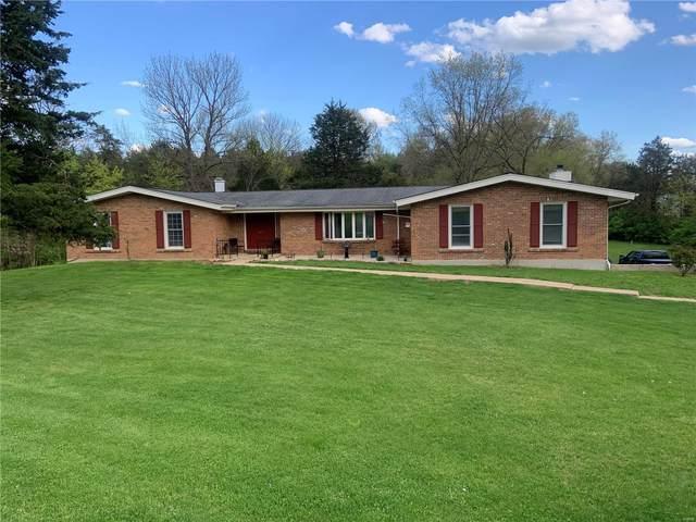 22 Coachman Lane, Villa Ridge, MO 63089 (#21025686) :: Clarity Street Realty